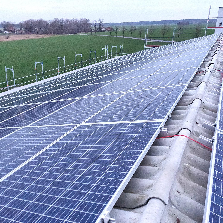 Photovoltaik-Anlage auf Trapezblech